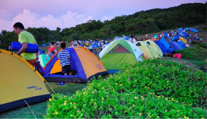 万顷波涛捧出一轮红日 -- 8月汕尾龟龄岛露营,风车岛摄影游记