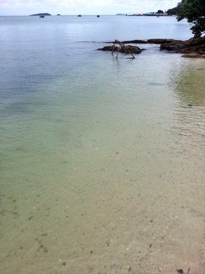 招财海边风景图片