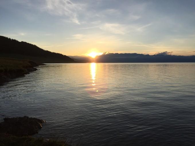 最美的风景在路上——6月伊犁,访寻那最壮美的山河画卷